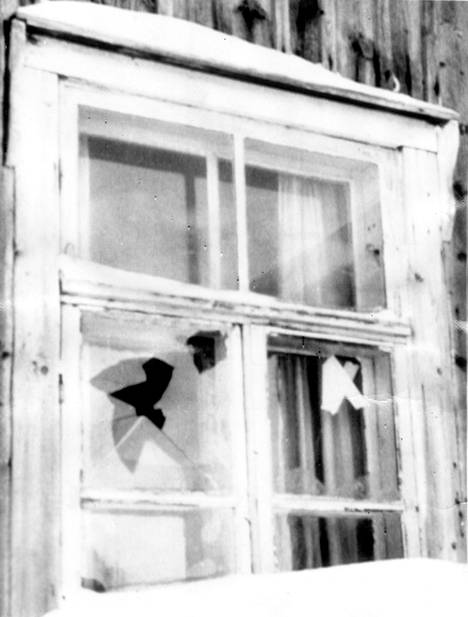 Näistä ikkunoista Pasanen ampui neljä poliisia.
