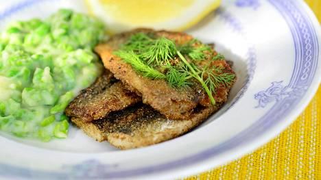Keskivertosuomalainen syö vain 0,3 kiloa silakkaa vuodessa, vaikka tällä olisi varsin suotuisa vaikutus Itämeren tilaan.