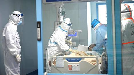 Wuhanin yliopistollisen sairaalan teho-osastolla hoidetaan koronaviruspotilaita.