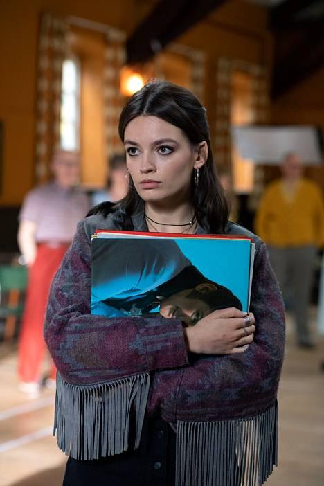Emma Mackey on saanut kiitosta roolistaan Maevena.