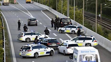 Poliisit sulkivat teitä Tanskassa syyskuun lopulla.