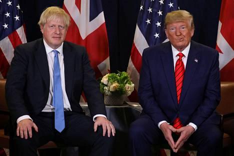 Trump on kehunut Johnsonia useaan otteeseen aiemminkin. Kaksikko kuvattiin yhdessä YK:n yleiskokouksessa New Yorkissa syyskuun lopulla.