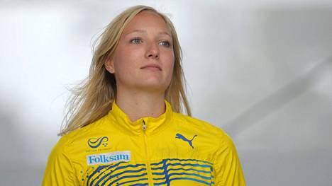 Moa Hjelmer vuonna 2012. Hjelmer on sanonut tulleensa raiskatuksi Suomi–Ruotsi-maaottelussa 2011.