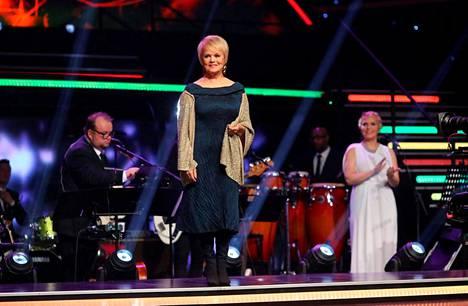 Katri Helena oli lokakuussa myös Tanssii Tähtien Kanssa -tuomaristossa.