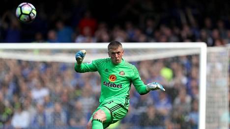 Jordan Pickford pääsee näyttämään taitonsa Evertonissa.
