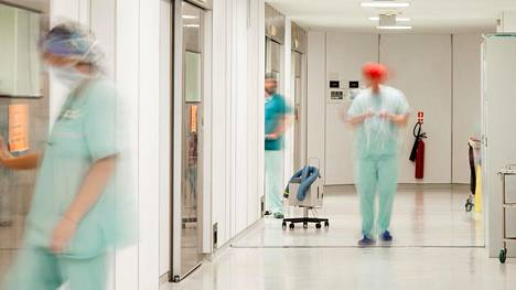 Väsymys on myös suomalaislääkärien ongelma – lähes puolet on kokenut merkittävää työuupumusta jossakin vaiheessa uraansa.
