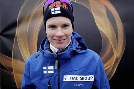 Hollolassa hurjastellut Herkko Heikkinen oli noin puolivuotias, kun isä Matti Heikkinen voitti MM-kultaa Oslossa 2011.