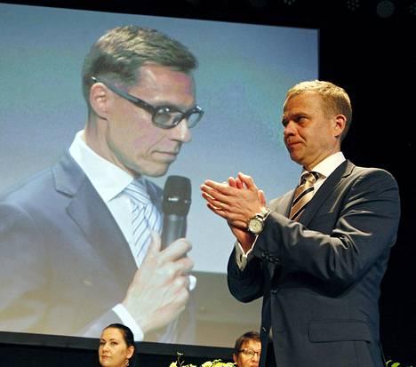 Lähtö yhden kauden jälkeen. Ex-puheenjohtaja Ilkka Suominen tuki myötätunnosta Alexander Stubbia puheenjohtajakisassa 2016.