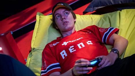 NHL-pelin maailmanmestari Erik Tammenpää vieraili ensimmäistä kertaa Assemblyilla.