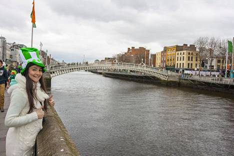 Hopeasijalle ylsi Irlanti.
