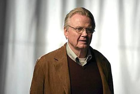 Angelinan isä Jon Voight.