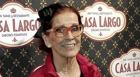 Aira Samulin Casa Largo -ravintolan syntymäpäivillä.