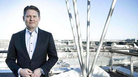 Lentolippujen hintojen nousuun koronakriisin jälkeen Finnairin toimitusjohtaja Topi Manner ei usko. Kova tarve saada kapasiteettia käyttöön voi jopa laskea hintoja.