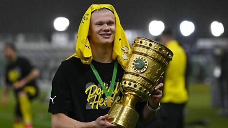 Erling Haaland ja Dortmund juhlivat.