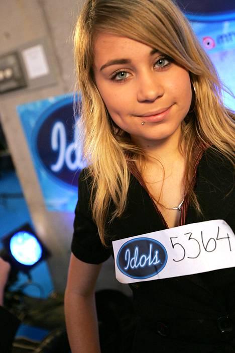 Vain 17-vuotiaasta Anna Abreusta tuli koko kansan tuntema, kun hän osallistui Idols-kilpailuun vuonna 2007. Valokuvassa Abreu ohjelmassa teatteriviikonloppuna.