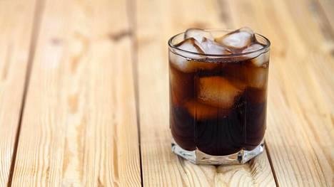 Sokeripitoisista juomista saat valtavasti energiaa mutta et lainkaan kylläisyyden tunnetta.