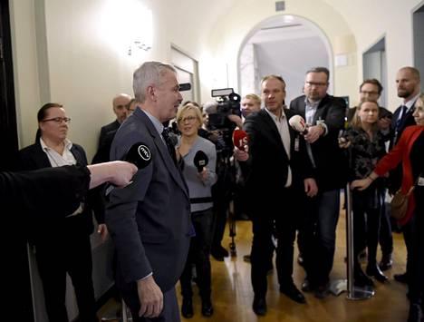 Ulkoministeri Pekka Haavisto poistuu eduskunnan perustuslakivaliokunnasta jossa hän oli kuultavana Helsingissä 14. tammikuuta.