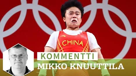 Kiinalaisdiplomaatit nostivat metelin Hou Zhihuin olympiakullan jälkeen.