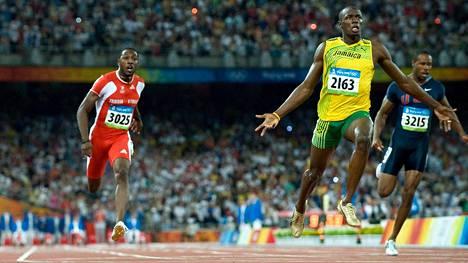 Usain Bolt nousi supertähdeksi Pekingin olympialaisten satasen finaalissa 2008.
