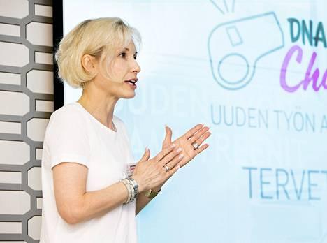 DNA Oy:n markkinointijohtaja Paula Miettinen.