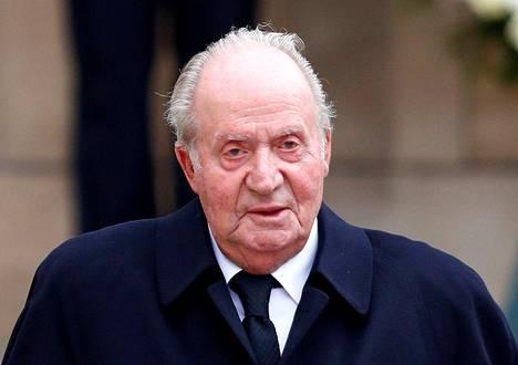 Juan Carlos ilmoitti kesäkuussa 2014 aikovansa luopua kruunusta poikansa Felipen hyväksi.