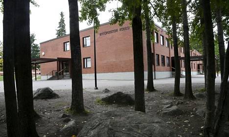Kytöpuiston koulu sijaitsee Vantaan Havukoskella.