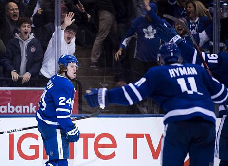 Kapanen ehti pelata Torontossa reilut parisataa peliä. Toissakaudella hän paukutti Leafsille 20 maalia.