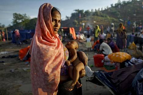 Rohingya-pakolainen Thenkhalin leirillä Bangladeshissa.