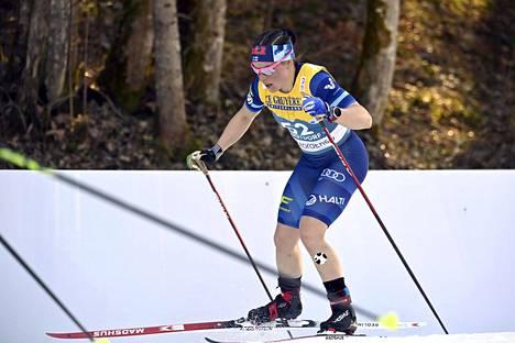 Krista Pärmäkoski ylsi tiistaina 10 kilometrillä sijalle 13. Hän sanoi, ettei ole vieläkään toipunut täyteen kuntoon syksyn pitkästä sairastelujaksostaan.