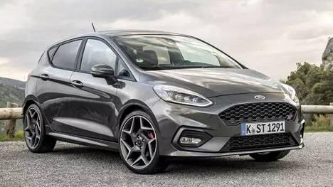 Suomalaisten arvostama pikku-Ford sai keulalleen voimanpesän – ajamisen iloa entistä enemmän