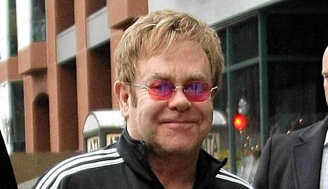 Laulajalegenda Elton John on haltioissaan vastasyntyneestä pojastaan.