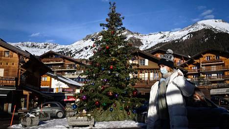 Kuvaa Verbierin alppikylästä Sveitsistä.