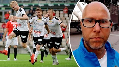 Niin FC Hakan pelaajat, vasemmalta Tino Purme, Jacob Bushue ja Eero Markkanen, kuin myös valmentaja Mikko Manninen (oik.) ottivat ilon irti sarjanousija FC Hakan kauden avausvoitosta.