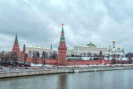 Pentti Nelimarkka asuu vaimonsa Lenan ja tyttärensä kanssa Moskovassa. Suomalaismies on kotiutunut uuteen kotikaupunkiin hyvin.
