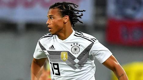 Saksan MM-miehistöstä ulos jätetty Leroy Sane oli ehdolla Valioliigan parhaaksi pelaajaksi.