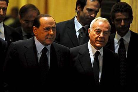 Silvio Berlusconi poistui Grazioli Palace -residenssistään Roomassa, kun oikeuden päätös tuli.