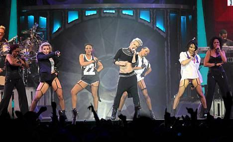 Pink konsertoi Helsingissä tiistaina.