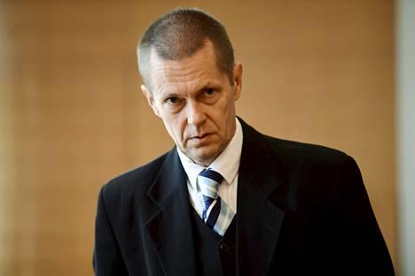 Juha Molari tuomittiin yhteensä viiden kuukauden mittaiseen vankeusrangaistukseen, joka on määrätty ehdollisena.