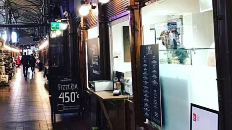Turun kauppahallissa sijaitsevan Pizzeria 450°C kokki sai upean tunnustuksen.