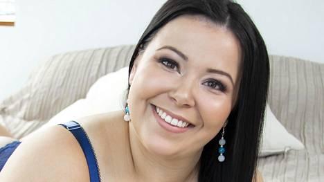 Helsinkiläinen Siiri, 23, on IS:n lukijoiden suosikki.