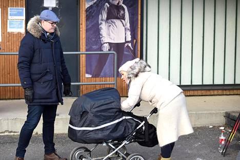 Tammikuun puolivälissä koko perhe oli seuraamassa SM-hiihtoja Vantaan Hakunilassa.