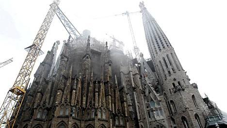 Savu nousi Sagrada Familiasta-