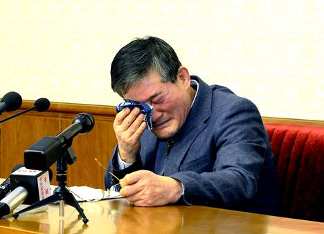 Kim Dong-chul esiintyi Pohjois-Korean hallinnon järjestämässä tiedotustilaisuudessa maaliskuussa 2016.