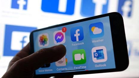 Muutos koskee Facebookin mobiiliversioita.