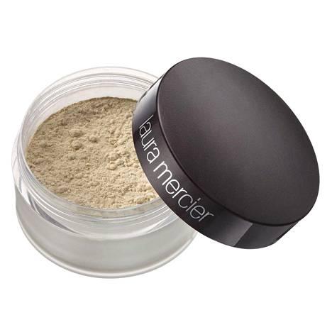 Suomessa merkkiä myy Skincity-verkkokauppa. Laura Mercier Loose Setting Powder, 38 €.