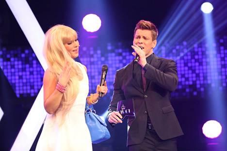Antti Holma esiintyi yhdessä Hippu Kylbergin kanssa.