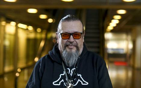 Elokuvatuottaja Markus Selinin elämästä kertova kirja ilmestyy syyskuussa.