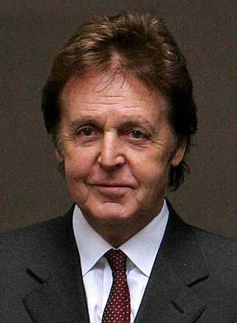 Paul McCartney avio-ongelmat johtuivat ryypiskelystä.