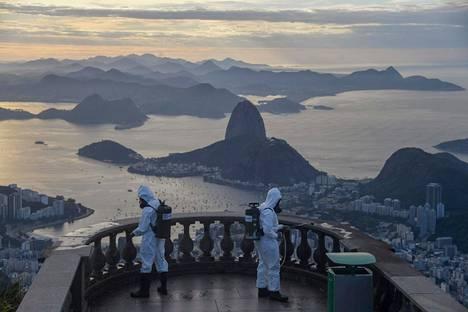 Brasiliassa on todettu toiseksi eniten koronakuolemia koko maailmassa. Kuvassa Rio de Janeiroa.