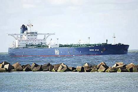 Sirius Star kuljettaa sadan miljoonan dollarin arvoista öljylastia.